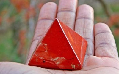 Discover The Crystals You Need To Ground Yourself